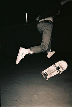 Frank Abner - Kaspar doing tre August, Tallinn Ilford Skateboard Tumblr, Skateboard Photos, Skate Photos, Skateboard Art, Skate Boy, Grunge Photography, Aesthetic Grunge, Skateboards, Aesthetic Pictures