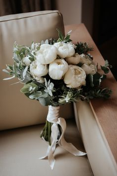 Small Wedding Bouquets, Peony Bouquet Wedding, Bride Bouquets, Floral Wedding, Bridal Bouquet White, Neutral Wedding Flowers, Eucalyptus Bouquet, Bride Flowers, White Flowers Bouquet