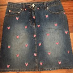 Lily Pulitzer Denim Skirt with Strawberries Lily Pulitzer denim skirt with embroidered strawberries. Size 2. Excellent condition, worn once. 2 front pockets and 2 back pockets. Lilly Pulitzer Skirts Mini
