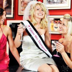 Top 10 Alternative Bachelorette Party Ideas-a little classier than a drunken bar crawl---- didn't read this yet but it's some ideas :)