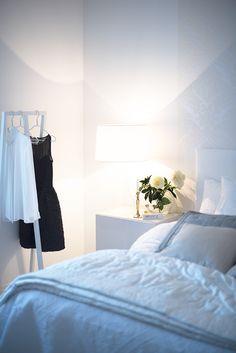 #bedroom #white http://monasdailystyle.fitfashion.fi/2016/01/19/koti-hyvinvointi-meidan-uudet-seikkailut/