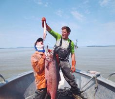 Happy Young Fishermen Friday! Here are Jonah and Neil two wildmen on the Nushagak River first mates to fishcamp mother and fish catcher Lindsay Layland. Have a wild weekend!  #aksalmonsisters #youngfishermenofamerica #youngfishermenfriday #wildalaskaseafood #salmonlove #setnet #bristolbay #exploremore #sharingalaska #dayjob #commercialfishing #nautical