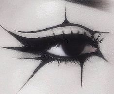 witch aesthetic makeup Eye liner Makeup inspiration face paint tribal gothic geometric starburst pattern G O D G A V E Punk Makeup, Edgy Makeup, Grunge Makeup, Makeup Goals, Makeup Inspo, Makeup Art, Makeup Inspiration, Beauty Makeup, Makeup Style