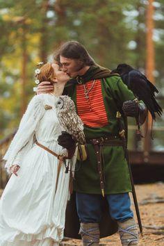 "Reminds me of my Viking couples. Man's wedding dress made by ""Skupaya Khel'"". Viking Wedding Dress, Wedding Dress Men, Medieval Wedding, Celtic Wedding, Wedding Attire, Pagan Wedding, Wedding Shoot, Wedding Bells, Viking Garb"