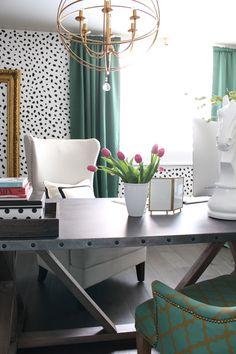 best 25 professional office decor ideas on pinterest office wall decor work office. Black Bedroom Furniture Sets. Home Design Ideas