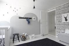 Harmaata liitutaulumaalia lastenhuoneessa - Etuovi.com Sisustus