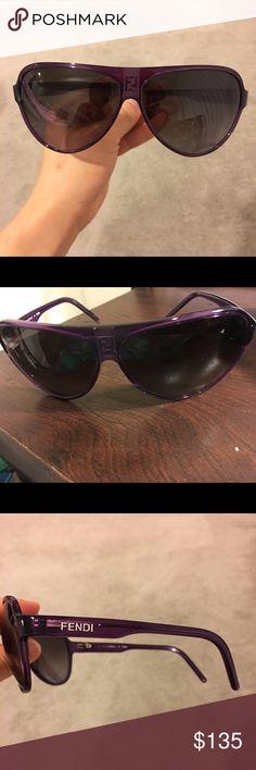 Fendi woman's sunglasses New and authentic!!! Aviation sunglasses. 100% UV protection. Made in Italy Fendi Accessories Sunglasses