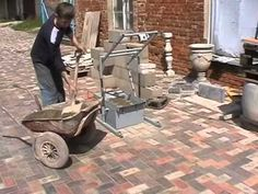 The Block Making Machine. We sell machine designs, which you can use for manufacturing the machines you need. The machine designs will be sent via e-mail. How To Lay Concrete, Concrete Posts, Concrete Stairs, Concrete Planters, Concrete Blocks, Building A Cabin, Building Stone, Concrete Building, Construction Business