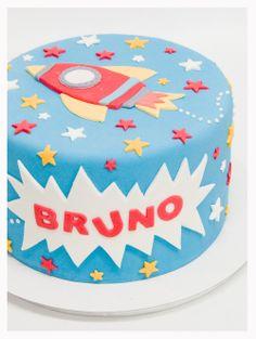 Blue Rocket Cake with Red, Yellow & White Stars (Bruno) Rocket Birthday Parties, 4th Birthday Cakes, Birthday Party Themes, Rocket Ship Cakes, Rocket Cake, Planet Cake, Star Wars Cake, Space Party, Cakes For Boys