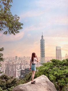 Taipei Travel Guide, Taiwan Travel, Singapore Travel, Travel Pictures Poses, Travel Photos, Taipei Taiwan, Taipei 101, Travel Pose, Travel Couple