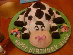 Cow Cake Show Cake Number 2: This cow cake is one of my favorite cakes to make.  I had so much fun.  I have posted one similar to it on here before, but I changed a few things about