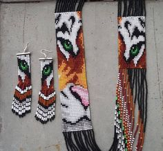 Items similar to necklace and earrings set native american inspired, tiger statement Necklace, tiger collar, tiger seed bead necklace, Mexican Necklace on Etsy Beaded Earrings Patterns, Bead Loom Patterns, Bracelet Patterns, Beading Patterns, Beading Ideas, Loom Bands, Beaded Crafts, Jewelry Crafts, Diy Crafts