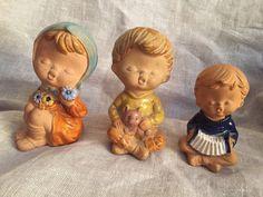 Japanese Mid Century Figurines  children singing by TroppoBella #vogueteam