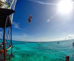 Jumping into the weekend!  Alligator Reef Islamorada  Stay Salty F L  R  D A . .  Photo Cred @skypirate_  #staysaltyflorida #staysalty #florida #floridalife #loveflorida #visitflorida #sunshinestate #roamflorida #lovefl #pureflorida #saltlife #flogrown #islandlife #floridalifestyle #flkeys #floridakeys #keyslife #boatlife #islamorada #alligatorreef #beautifuldestinations #seewhatsoutthere #travelawesome by staysaltyflorida