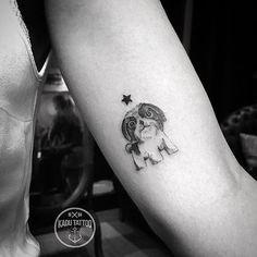 WEBSTA @ kadutattoo - Cachorrinho da cliente q virou uma estrelinha no céu :( , feito ha alguns dias atras ! Obrigado e até breve! . .Contato para orçamento e agendamento no tel 27 999805879 ! . .#kadutattoo #tattoo #tattoos#tattoo2me #tatuagem #tatuagens #dog #lovedogs #love #pet #cachorro #cão #delicate