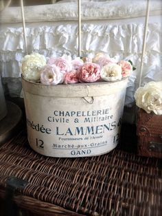 Hat Box from France (GAND) • 5216