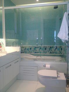 banheiro apartamento botafogo Bathtub, Bathroom, Condo Bathroom, Architecture, Log Projects, Standing Bath, Bath Room, Bath Tub, Bathrooms