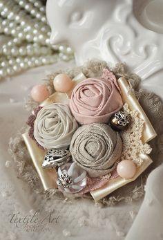 """Купить Брошь """"Нежный букетик"""" - брошь, брошь цветок, роза, брошь роза, кружево, сердце"""