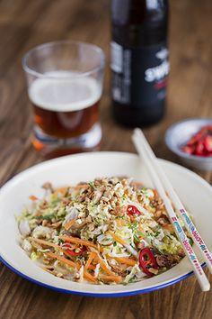 Crispy Crackling Pork Belly with Apple Cabbage Salad Vietnamese Chicken Salad, Vietnamese Street Food, Vietnamese Cuisine, Vietnamese Recipes, Chef Recipes, Asian Recipes, Snack Recipes, Ethnic Recipes, Yummy Recipes