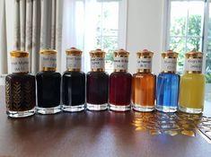 Essential Oil Perfume, Perfume Oils, Perfume Organization, Expensive Perfume, Perfume Display, Chanel Perfume, Perfume Collection, Men's Grooming, Natural Essential Oils