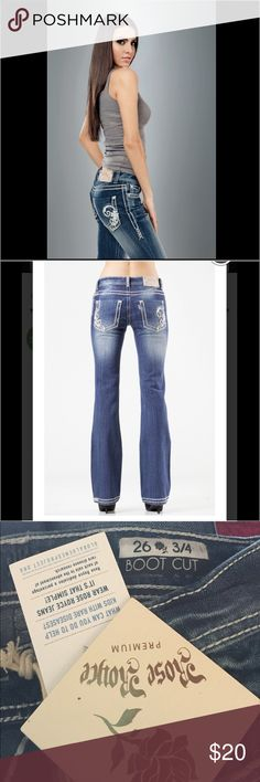 Rose Royce Jeans Rose Royce Jeans boot cut has a tiny white spot on the back picture available rose royce Jeans Boot Cut