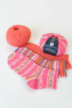 Ard Buffet, Socks, Quilts, Knitting, Cotton, Sneaker, Fashion, Tricot, Pet Peeves