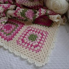 Granny square afghan w lace edging