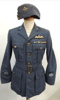 RAF WW2 Officers TUNIC & CAP inc Pilot Wings & medal ribbons - militarytrader.co.uk