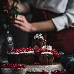 Dokza si naplno vychutna fotku iba sa tak dva a Raspberry, Fruit, Food, Essen, Raspberries, Yemek, Meals