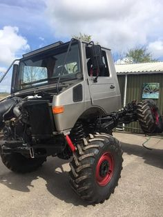 Flex it! — at A&D off-road engineering Mercedes Benz Unimog, Mercedes Truck, Jeep Truck, 4x4 Trucks, Motorcycle Camping, Camping Gear, Portal Axles, Daimler Ag, Expedition Vehicle