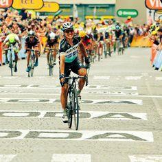 Mundo Ciclistico @mundociclistico Grandioso ataque final y victoria de @tonymartin85 @Etixx_QuickStep #TDF2015 #TDFxESPN #FuerzaColombia pic.twitter.com/X5T7VlInmI