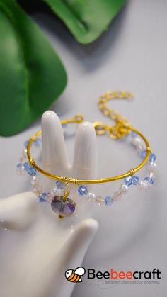 Wire Jewelry Designs, Handmade Wire Jewelry, Diy Crafts Jewelry, Bracelet Crafts, Bangle Bracelet, Beaded Bracelet, Vintage Jewelry, Diy Bracelets Easy, Handmade Bracelets