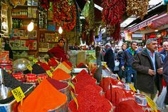 Istanbul Spice Market ~ would sooo love to go explore Instanbul.... random, I know LOL ....but after seeing some of their spice markets on tv a couple of years ago I am hooked!