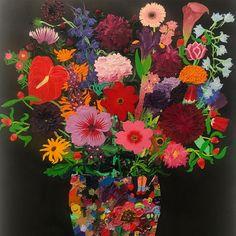 Flower Vases, Flowers, Night, Painting, Instagram, Painting Art, Vase, Paintings, Royal Icing Flowers