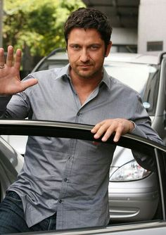 Mrs Gerard Butler on Board Baby Pink Car Sign