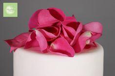 Spring Weddings, Dandelion, Wedding Cakes, Bakery, Valentines, Wedding Gown Cakes, Valentine's Day Diy, Dandelions, Valentines Day