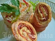 Göngyölt karajszeletek   Józsi konyhája Baked Potato, Chili, Bacon, Mexican, Potatoes, Ethnic Recipes, Food, Diet, Chile