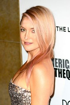 """""""Kate Hudson went pink for a weekend in the name of breast-cancer awareness,"""" Moon says. When the bright color blended with her signature golden strands, it looked more like an elegant pop of peach. Hair Color Pink, Pink Hair, Blonde Hair, Gold Hair, Semi Permanent Hair Dye, Hair Skin Nails, Hair Styles 2016, Pastel Hair, Rainbow Hair"""