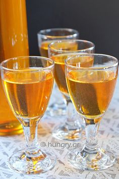 Kitchen Stori.es: Λικέρ Φραγκόσυκο How To Make Homemade, Food To Make, Prickly Pear Recipes, Pear Liqueur, Alcholic Drinks, Fruit Preserves, Kitchen Stories, Marmalade, Coffee Drinks