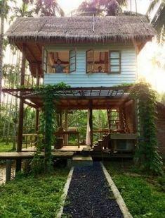 95 Adorable Farmhouse Cottage Design Ideas And Tiny House Decor Ideas Cottage Design, Tiny House Design, Tiny House Cabin, Future House, Jungle House, Thai House, House On Stilts, Backyard House, Rest House