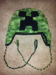 Crochet Minecraft Creeper Hat.