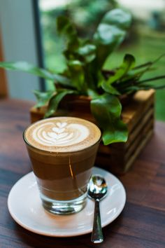 Photograph Cafe Latte at La Ristrettos by Andy on Coffee Latte Art, Coffee Cozy, Coffee Break, Coffee Time, Coffee Barista, Aesthetic Coffee, Good Morning Coffee, Coffee Spoon, Coffee Photography