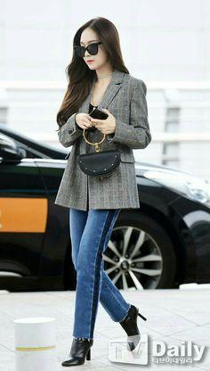 Jessica Jung + Jung Soo Yeon