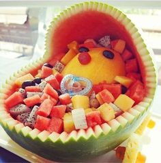 How to Make a Baby Shower Fruit Basket in 4 Simple Steps (VIDEO)TO ROBIN CHECK THIS  OUT LET,S MAKE IT ONE DAY.