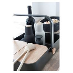 Material: Kunststoff, Holz, keramisches Mahlwerk Farbe: matt Weiß, matt Anthrazit Größe: D8xH20,5cm
