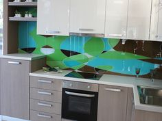 Beautify your kitchen with a photo of your choice printed on the glass