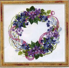 Per Colpa Di Un Gomitolo....: Corona Di Fiori a Punto Croce....aria di primavera...