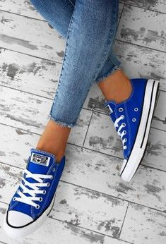 Chuck Taylor Converse All Star Blue Trainers Outfits With Converse, Converse Style, Sporty Outfits, Blue Converse Outfit, Royal Blue Converse, Work Outfits, Converse Chuck Taylor All Star, Converse All Star, Chuck Taylor Sneakers
