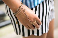 hand chains from #elarae @{fabulatina} by nashelly messina.com Hand Chain, Messina, Bling Bling, Chains, Cuff Bracelets, Jewelry, Fashion, Moda, Jewlery