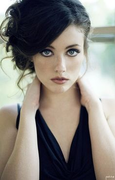 Tips for women/girls with dark hair hair makeup 7 Amazing Makeup Tips for Women with Dark Hair . Beauty Makeup, Hair Makeup, Hair Beauty, Eye Makeup, Makeup Contouring, Makeup Style, Homecoming Hairstyles, Wedding Hairstyles, Wedding Updo
